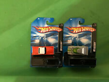 2007 HOT WHEELS MYSTERY CAR NEWLY OPENED