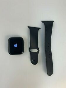 Apple Watch Series 4 44 mm (GPS + Cellular) Space Gray Aluminum Case