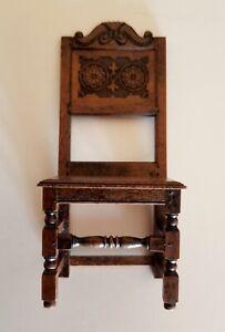 ARTISAN DAVID HURLEY BEAUTIFULLY CARVED DINING ROOM SIDE CHAIR~WALNUT~TUDOR STYL