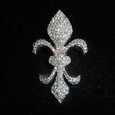 BEAUTIFUL OLD CRYSTAL FLUR DE LES PIN / BROOCH SILVERTONE LOADED WITH CRYSTAL