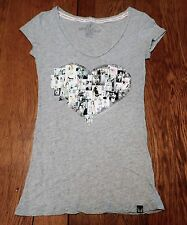 #2457-4 Victoria's Secret Supermodel Essential Heart Shaped Images of Women W-XS
