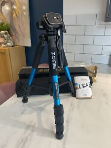Zomei Q111 Tripod - Extendable. Blue. DSLR Cameras. Brand New In Box.