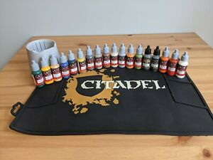 Games Workshop Citadel Painting Mat and Water Pot with Vallejo GameColor Set