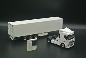 WSI | DAF SC 4x2, Box Trailer 3 axle and Fridge Unit 1:50 Scale Basic Line