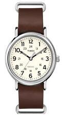 Timex Mens Weekender 40 Slip Through Brown Leather Strap Watch T2P495