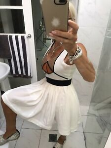 Toi Et Moi Sydney Mini Dress Size 8 Very Flattering Party Races Weddings