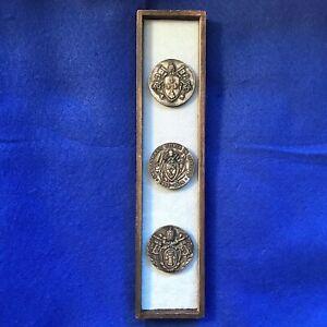 POPE PIUS X Medallion Display SAINT Vintage INSTAURARE OMNIA IN CHRISTO Antique