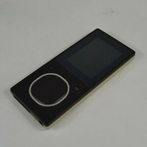 Microsoft Zune 4GB 2nd Generation Model 1124 Music Player Black READ