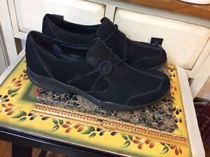CLARKS WAVE 87574 Black Suede WOMEN'S slip on shoes Sz 11M