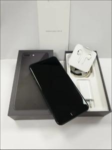 Apple iPhone 8 Plus 64GB - Gris Espacial - (Libre) caja con todos los accesorios