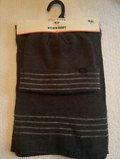 NWT Mens Dockers Maximum Warmth Hat And Scarf set Charcoal