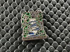 pins pin BADGE VILLE VILLAGE FRANCE SOURCE DE LA LOUE