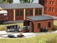 Auhagen kit 41708 NEW HO NG TRAIN   ENGINE SHED AND OIL STORE