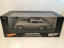 Goldfinger James Bond 007 Aston Martin DB5 Hot Wheels 1:18 Scale NEW