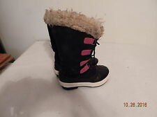 Girls youth Snow winter fall boots size 13   Black Pink  nice wam Liners