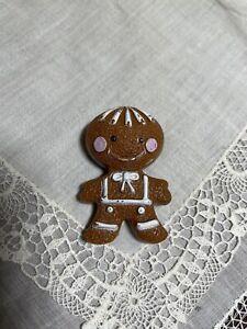 Avon Gingerbread Man Fragrance Glace Pin Brooch Full XQ-7