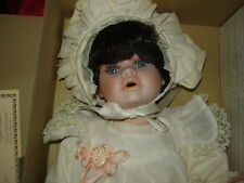 VINTAGE SEYMORE MANN BABY DOLL 16IN. W/COA, IN BOX CONNOISSEUR COLLECTION 1989
