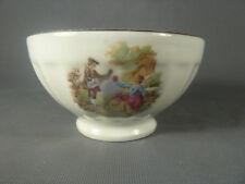 Bol ancien en porcelaine de Chauvigny décor de scène gallante french antique