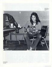 Eddie Van Halen backstage 1986 Magazine Photo