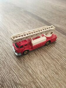 Tomica F33 - Ladder Chief Fire Truck