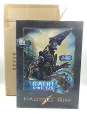 """NECA PACIFIC RIM Kaiju Knifehead - nearly 20"""" tall Figur - MISB NEU/OVP"""