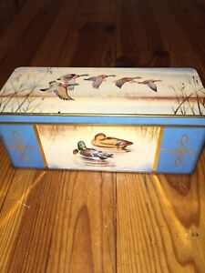 "Vintage Jacobs Cracker Tin "" Ducks"""