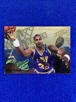 1995 Topps Karl Malone Basketball Card #18 - Utah Jazz