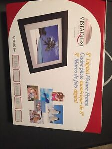 Vista Quest 8-inch Digital Picture Frame LED 128 MB SD Remote Control VQ0801w