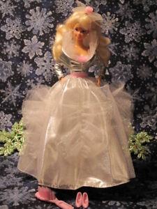 BARBIE Mattel 5 piece outfit