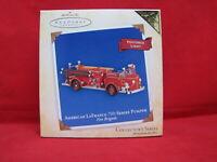 Hallmark ARTIST EVENT 2004 1929 Chevrolet Fire Engine w/lights ornament MIB–k617