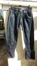 Levis  engineered   jeans.  Blue. Size 32