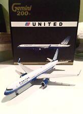 """Gemini Jets 1:200 United Airlines Boeing 757-200 G2UAL052 """" Tulip"""" RARE"""