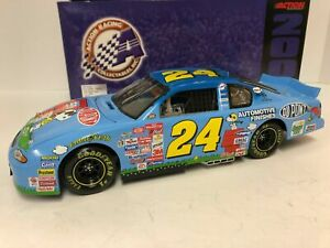 2000 Action JEFF GORDON #24 DuPont Peanuts Snoopy 1/18 Scale Diecast