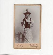 CDV Foto Feine Dame in Tracht / Frieda Martin - Lichtenstein-Callnberg um 1900