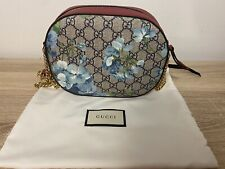 gucci bloom crossbody Floral Blue Red Gold Chain
