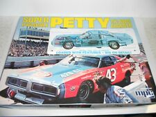 MPC767/06 Petty 1973 Dodge Charger 1:16 scale plastic kit. NEW old stock. Boxed
