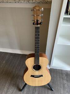 Taylor Academy 12 Acoustic Guitar – With Gig Bag