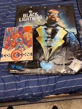 2018 Sdcc Black Lightning VIP Bag Enamel Pin Superman  & Mondo Souvenir Book