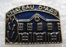 Pin's Monument  CHATEAU D'ARS  Région Poitou Charente #1618