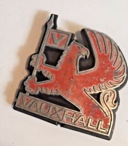 VAUXHALL ASTRA MK1 GTE KADETT D FRONT RADIATOR GRILL BADGE EMBLEM RED GRIFFIN