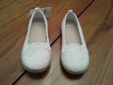 Gymboree white dress shoes, girl's/toddler's size 11