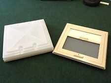 CARAVAN MOTORHOME MPK ROOFLIGHT ROOF LIGHT VENT, WITH BLIND 400 x 400 IN BEIGE