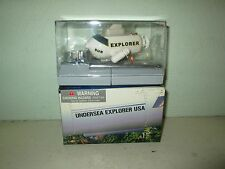 Radio-controlled miniature submarine toy Rumpelstiltskin Toys, Undersea Explorer