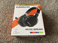 Steel Series Arctis 1 Wireless Gaming Headset Excellent Condition WORKS