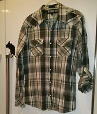 BKE The Buckle Slim Fit Western Shirt Mens Size Medium Pearl Snap Plaid Frill