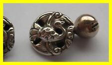 Par inusual C 1880 Botones Bata de plata chino, Gallito de diseño, gemelos?
