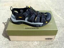 Keen Men's Newport H2 Sandals - Black - 8