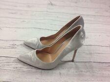 Gianvito Rossi Women Suede Pumps Size 37 Silver Pointed Toe Stiletto Heel CUTE