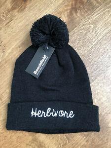 Beechfield Original Headwear Unisex Black Pom Pom Beanie Hat Herbivore