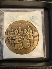 Wendell August Forge Bronze Carolers 1999 Christmas Ornament With Box